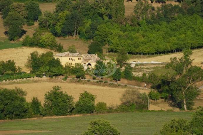 villa in vendita a Sarnano - Macerata