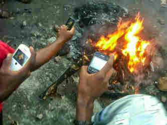 Mob Sets Another Kidnapper Ablaze In Akure Today
