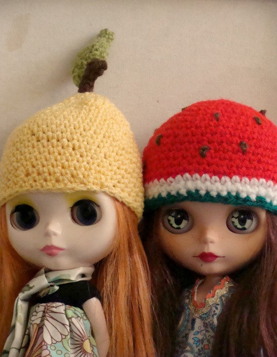 crocheted hats for blythe dolls