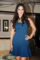 Sunny Leone shoots for MTV's new series 'Webbed'-4