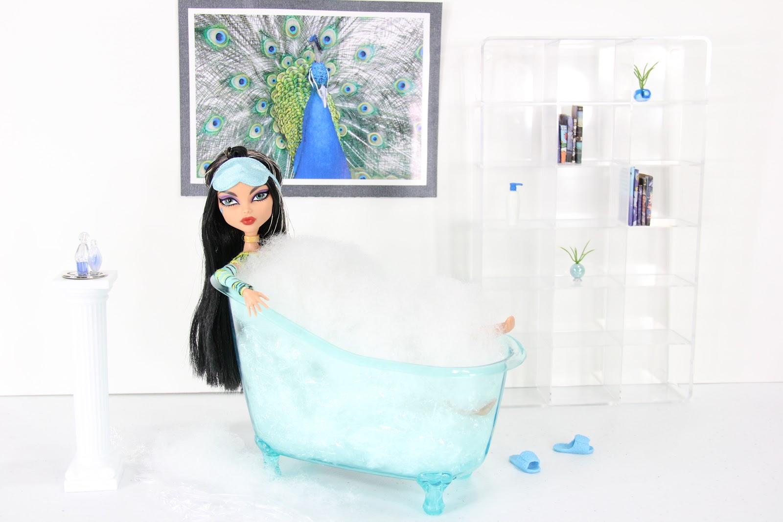 My Froggy Stuff Fun Find Doll Size Bath Tub