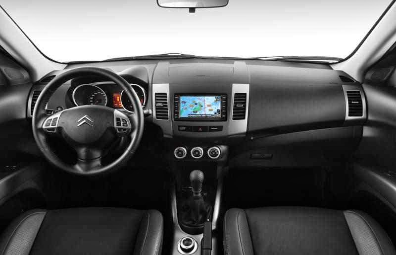 citroen c crosser 4x4 7 places voiture 4x4 7 places un. Black Bedroom Furniture Sets. Home Design Ideas