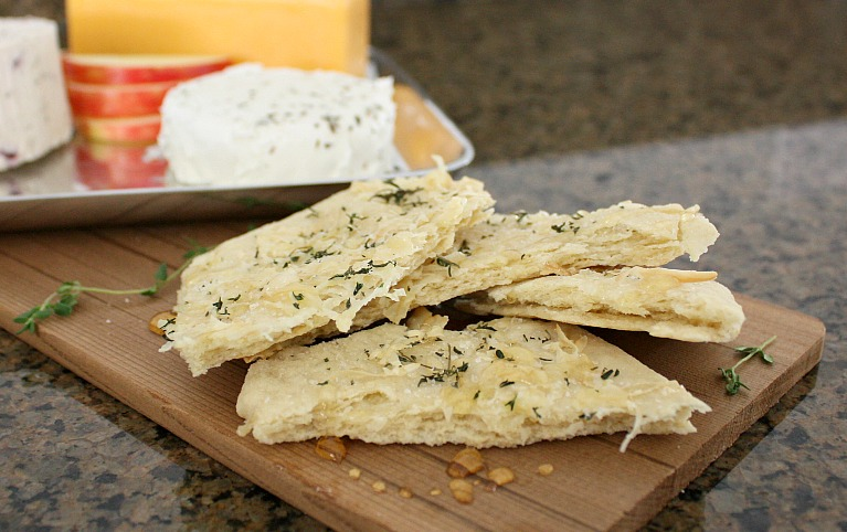 ... DAY: Meatless Monday--Flatbreads with Honey, Sea Salt, and Thyme
