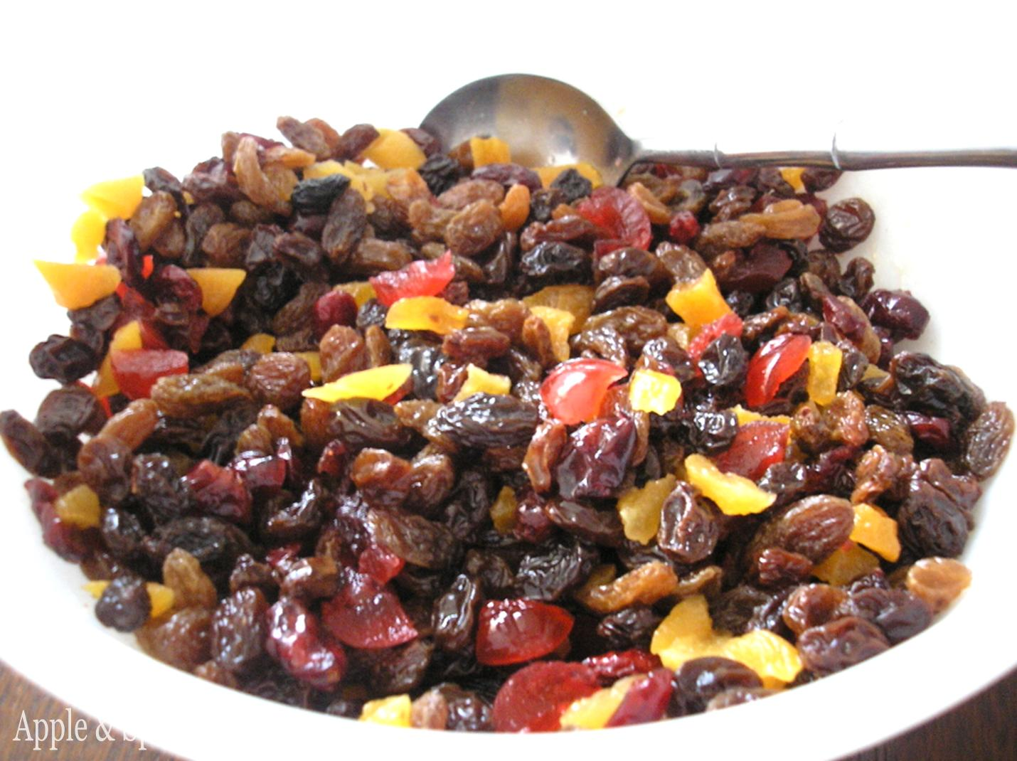Apple & Spice: Gluten Free Spiced Christmas Fruit Cake with Rum