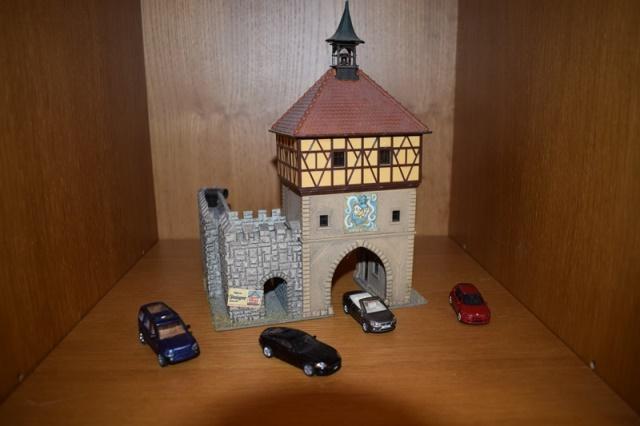 10/2017 - Castelo e carros