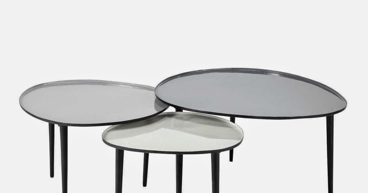 Les tables basses gigognes caract rielle for Maison du monde uccle