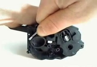 remove plug to supply toner powder