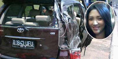 Foto kecelakaan Istri Saiful Jamil