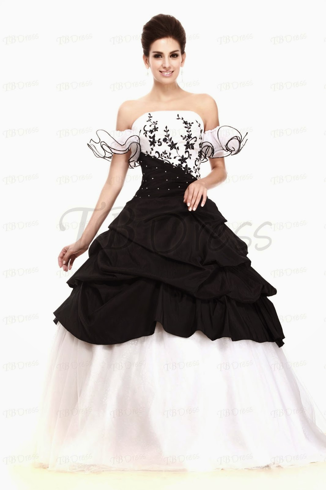 http://www.tbdress.com/product/Elegant-Ball-Gown-Strapless-Shawl-Floor-Length-Talines-Quinceanera-Dress-9672433.html