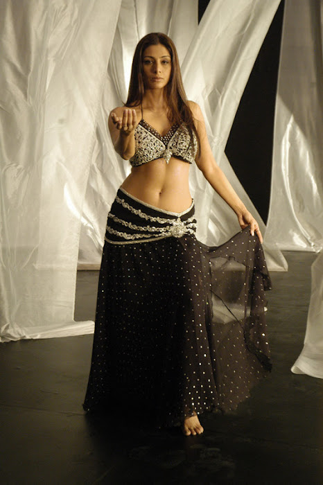bollywood tabu super hot images