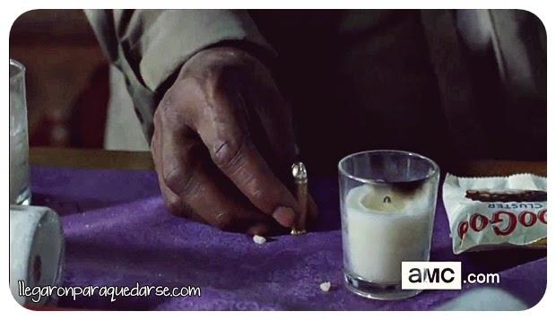 Ofrendas de Morgan en la oración.