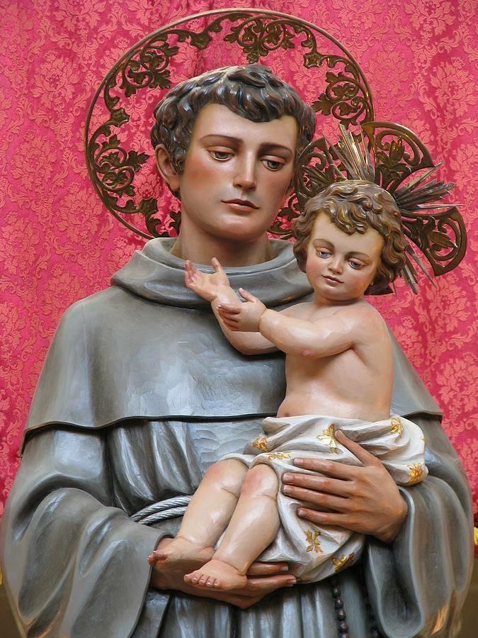 O Santo António já se acabou...mas deixou bem casadinhas as noivas de 2015.