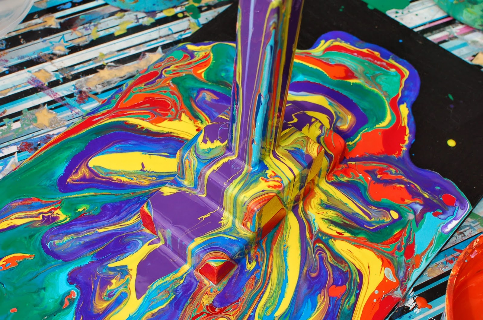 Sunnyside art house abstract painting with kids for Unusual painting techniques
