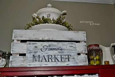 diy faux wooden market sign tutorial