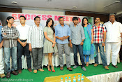 Yeto Vellipoindi Manasu Success Meet-thumbnail-5