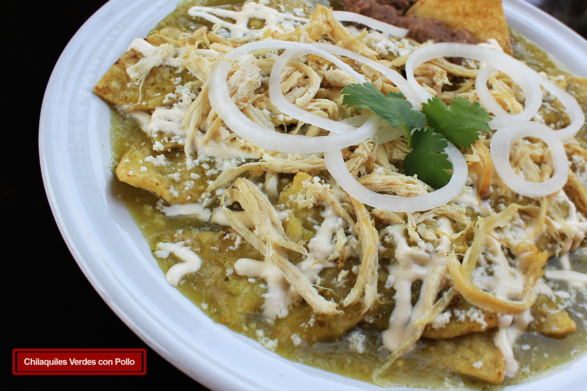 Denizita's Cooking: CHILAQUILES VERDES / GREEN CHILAQUILES