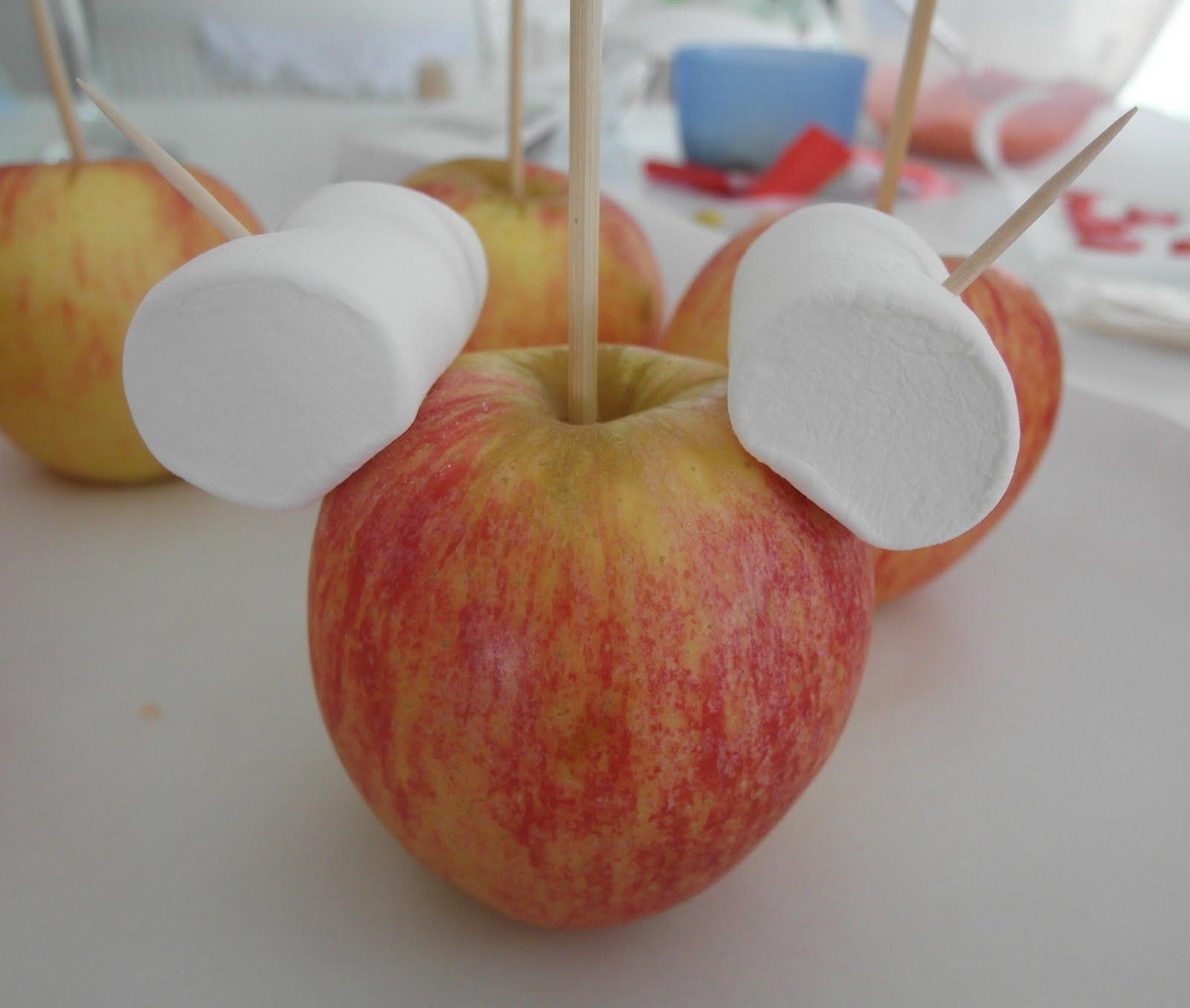 Mandas Disney Blog Mickey And Minnie Candy Apples