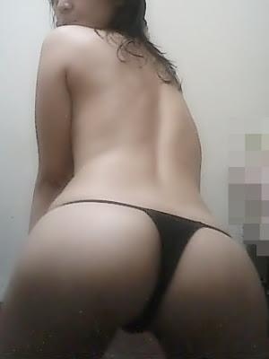 Melihat Foto Tante Girang Lagi Haus Sex