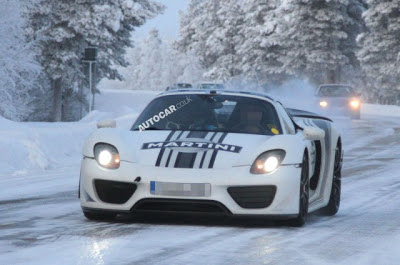 Spyshots: Porsche 918 Spyder Captured Winter Testing