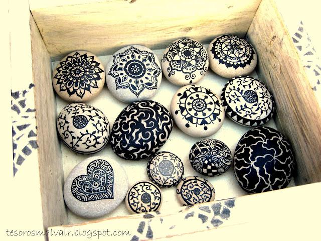 painted-beach-stones