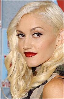 Gwen Stefani - Bad Romance