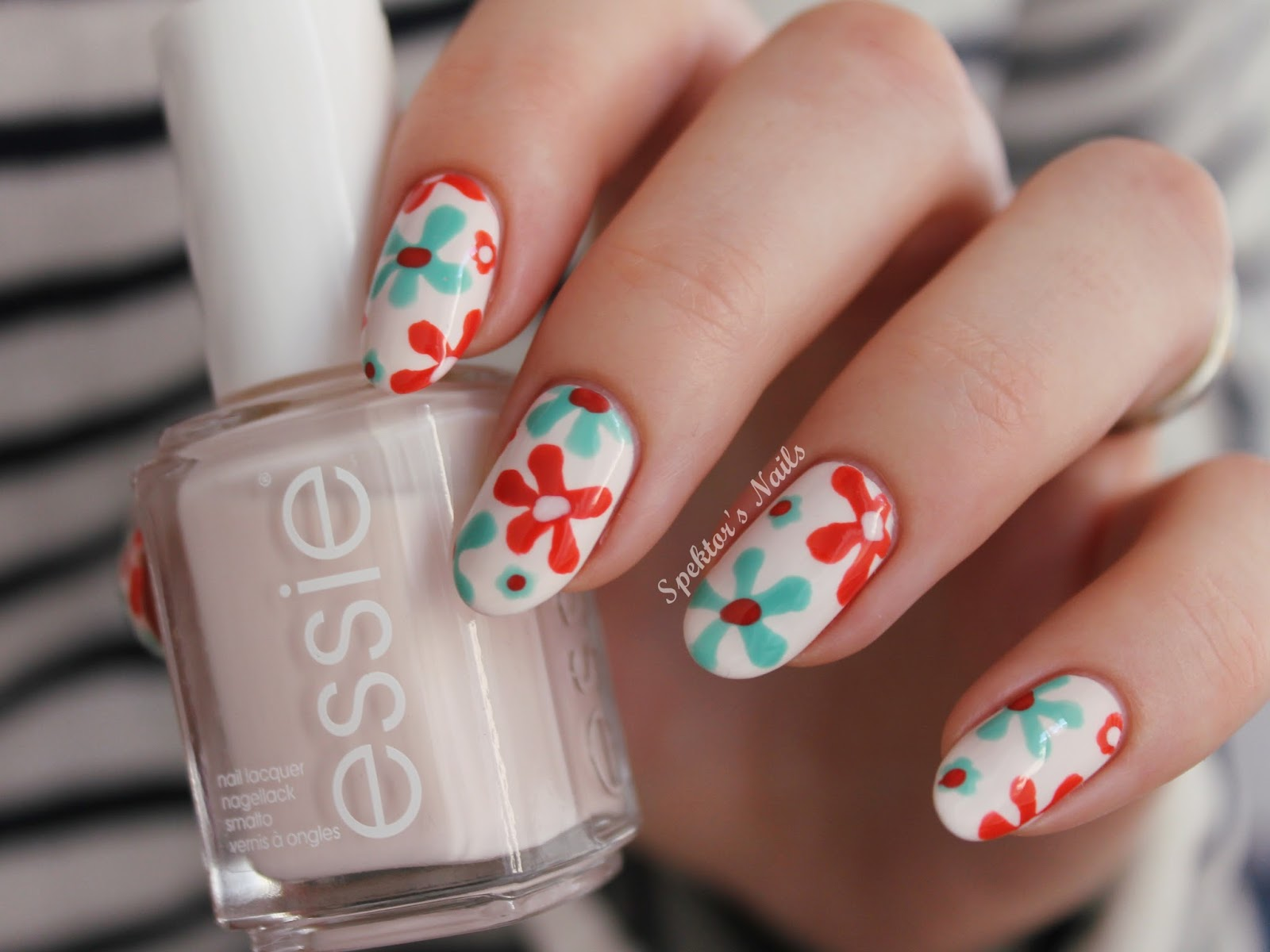 Flowers on Essie - Fiji