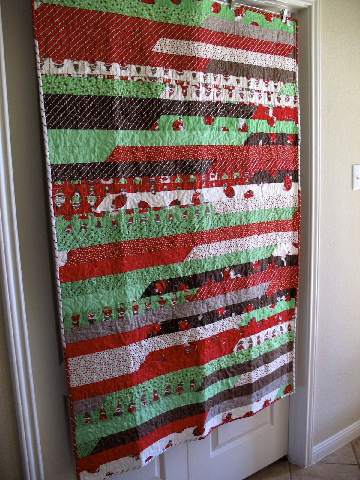 Lasagna Quilt Pattern Jelly Roll : The Tilted Quilt: Lasagna Quilt Tutorial