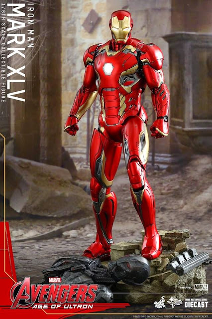 Hot Toys Iron Man Mark XLV Diecast Series