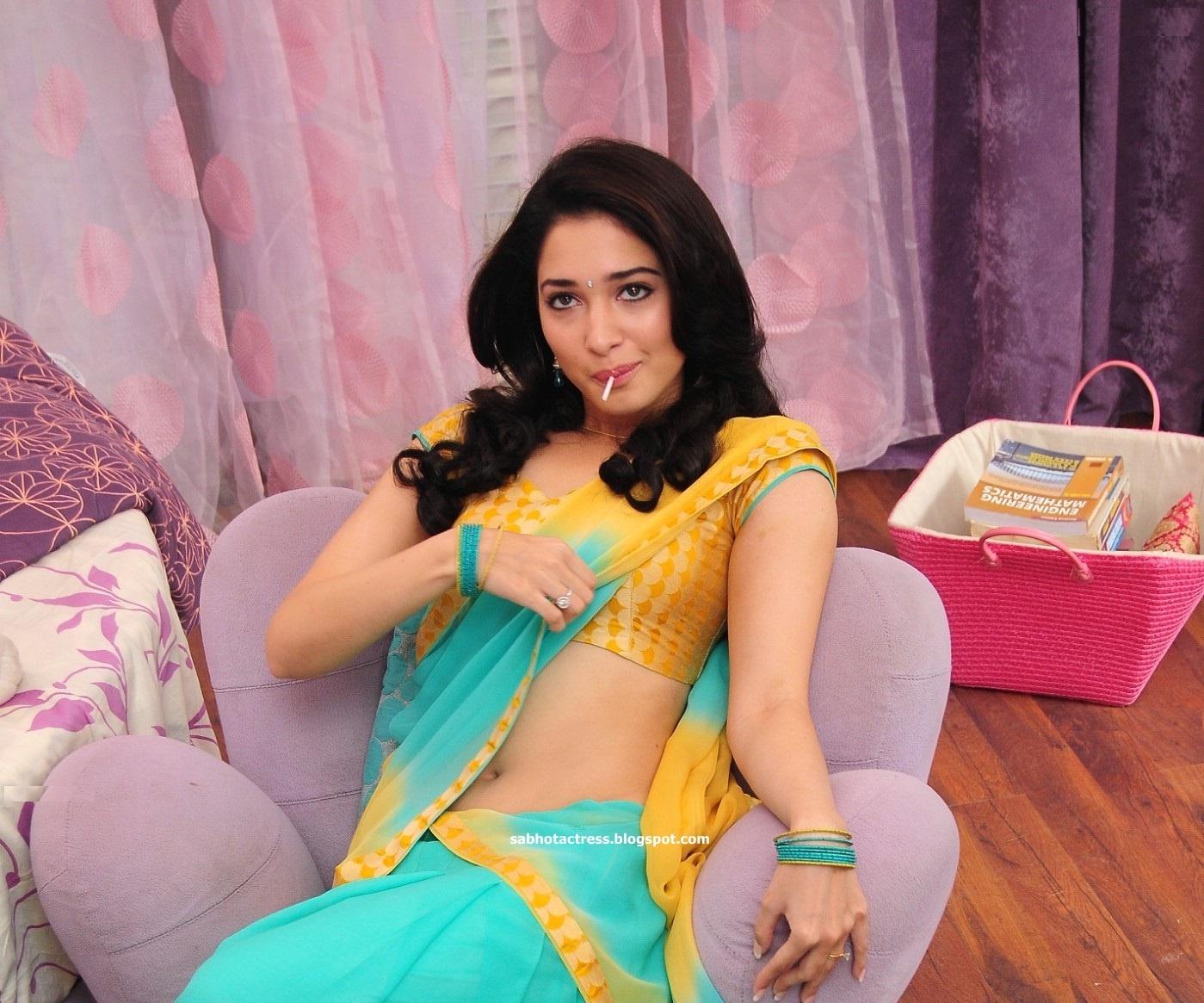 allah-hafiz: hot actress