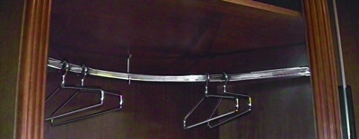Richelieu  Curved Rod Closet