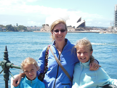SYDNEY!!  Girls road trip (with Dad tagging along....)