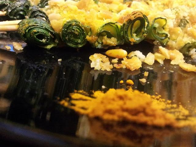 spiedini di zucchine gratinate e curcuma