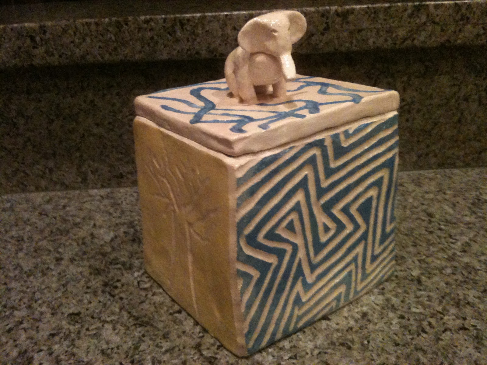 Slab Box as well  together with Air Plants Succulents Diy Roundup further The Simple Beauty Of Native American Pottery furthermore Realistic Animal. on pinch pot design ideas