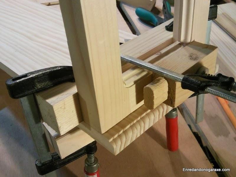 Asegurando laterales y base para unir con tubillones. Enredandonogaraxe.com