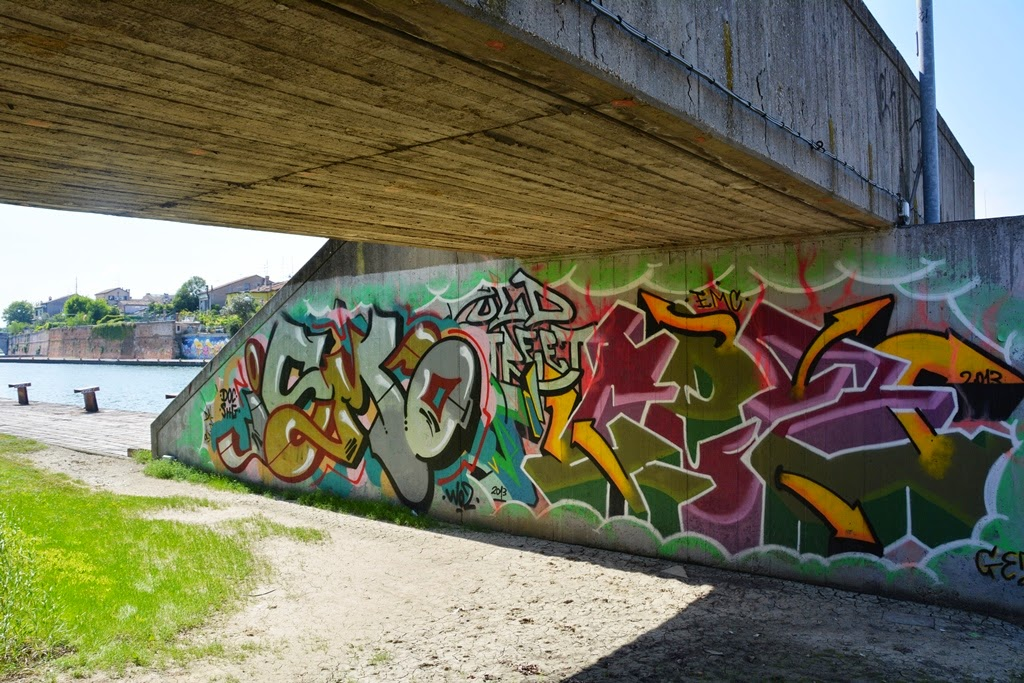 Graffiti Rimini bridge