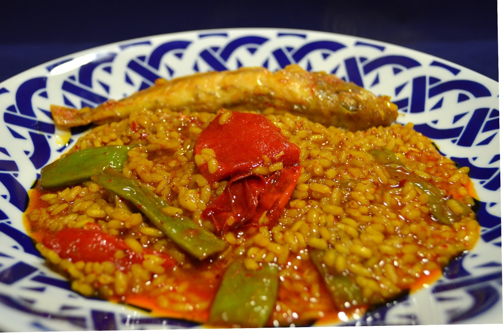Cocinar con c arroz meloso con salmonetes arr s amb molls for Cocinar con 5 ingredientes
