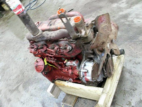International 504 diesel engine D188 for sale