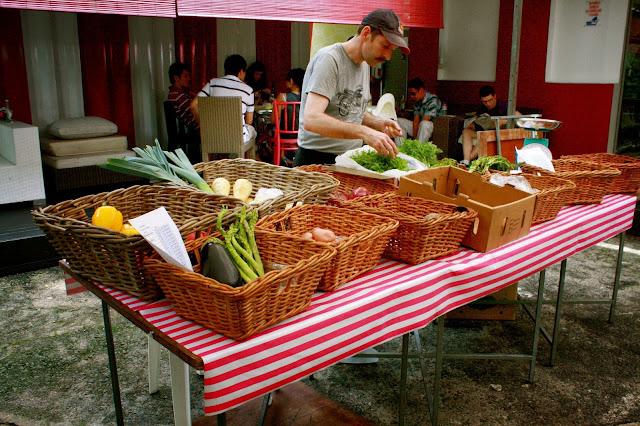 Loewen gardens farmer's market