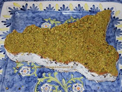 http://www.isaporidelmediterraneo.it/2013/04/torta-sicilia-ricotta-pistacchio-e.html