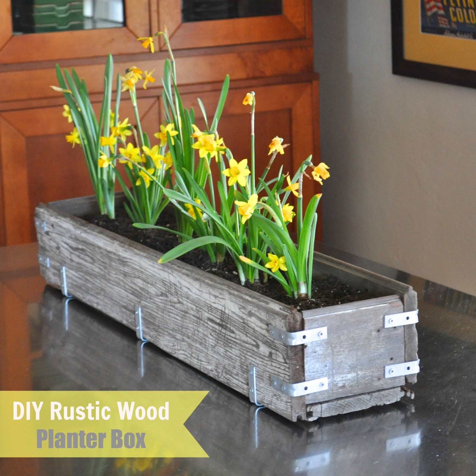 Built In Planter Ideas: DIY Rustic Wood Planter Box