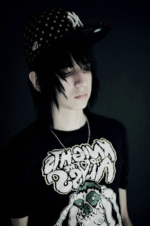 emo haircuts for boys(01)