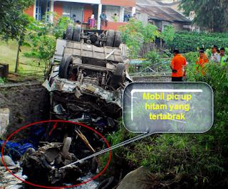 Kecelakaan Maut Bus Giri Indah