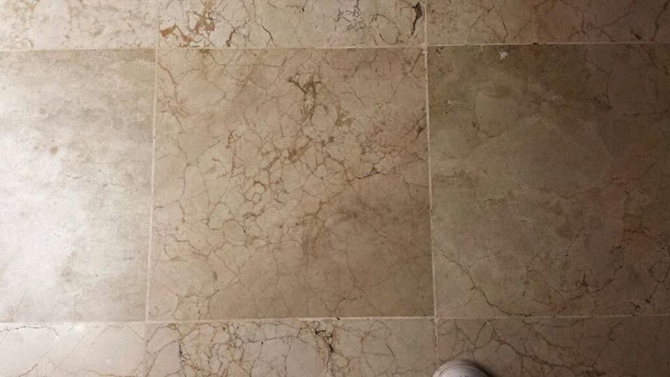 Cleaner dominicana cristalizado y mantenimiento de pisos for Manchas en el marmol