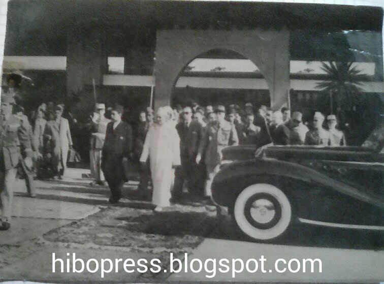 A rare and original picture of Hassan II with General Oufqir/صورة نادرة و أصلية للحسن الثاني وأوفق