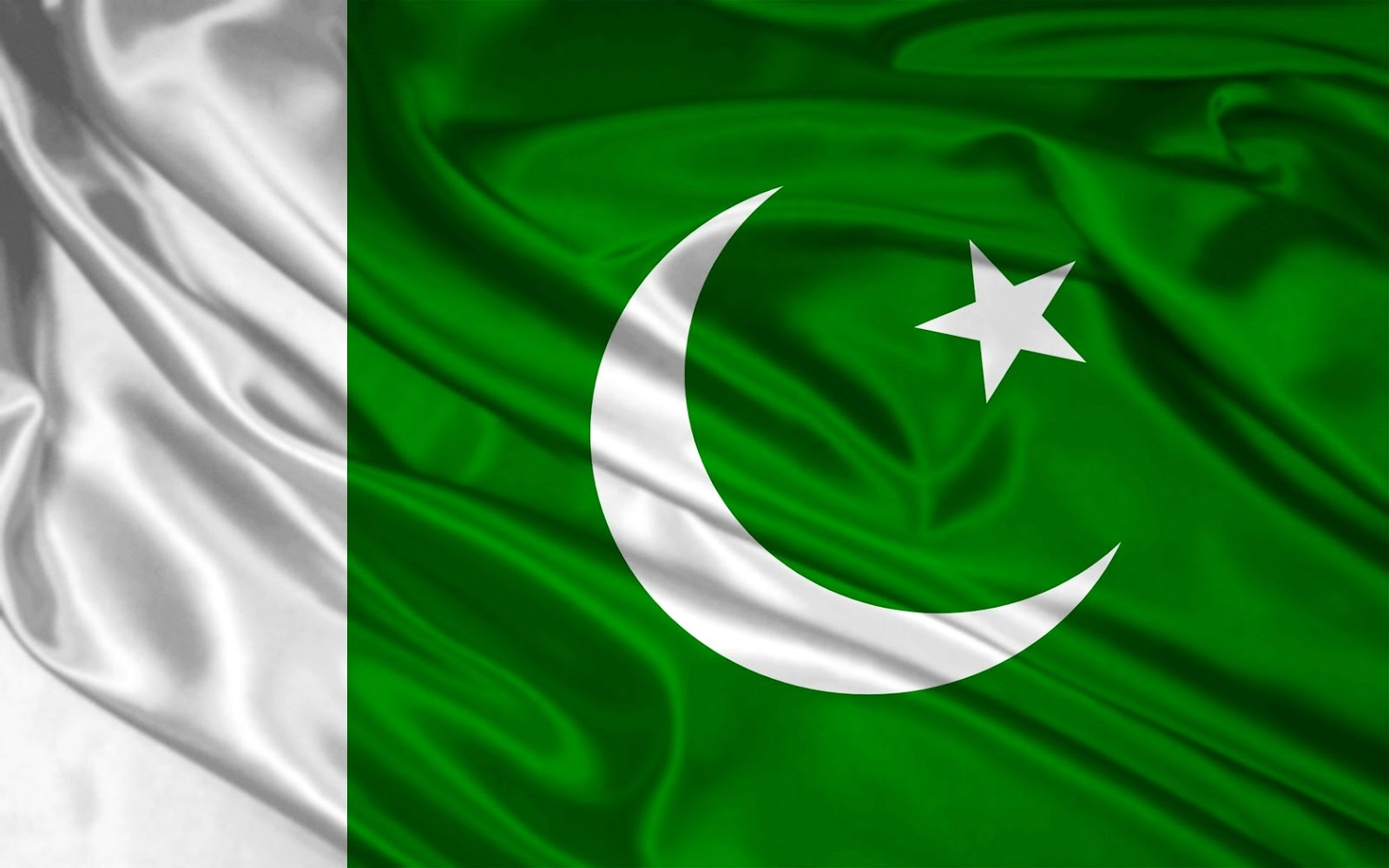 Pakistan Flag Wallpaper 100049   Pakistan Flag Facebook Covers
