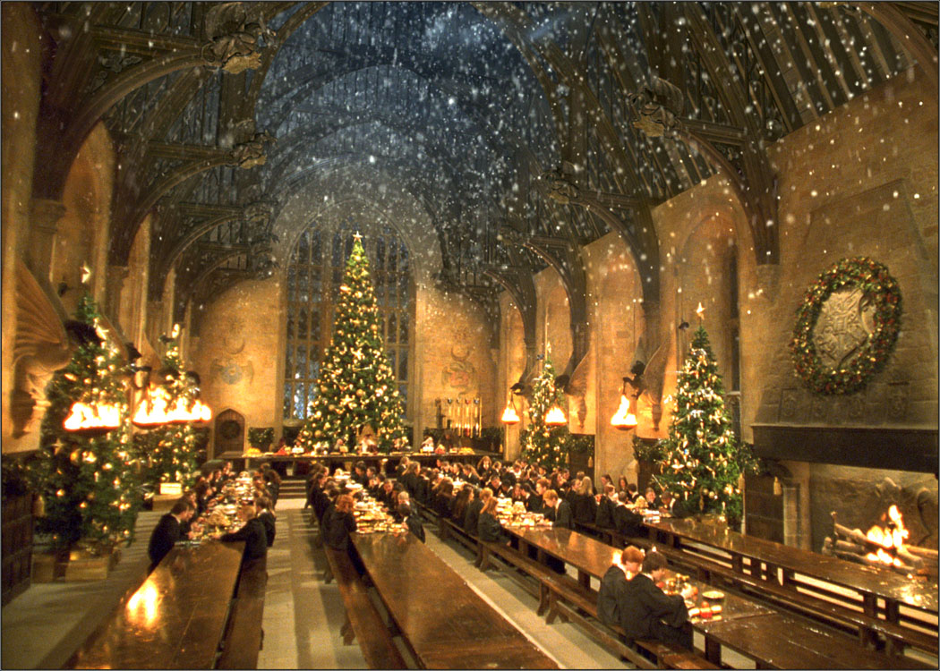 Hogwarts Great Hall at Christmas