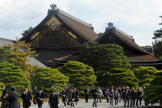 Kyoto Imperial Palace Open for Public