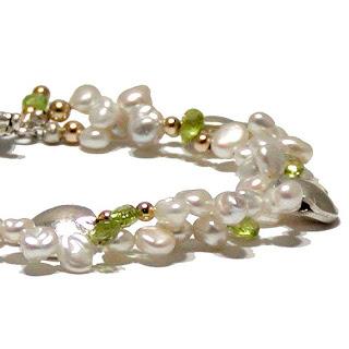 Peridot pearl bracelet