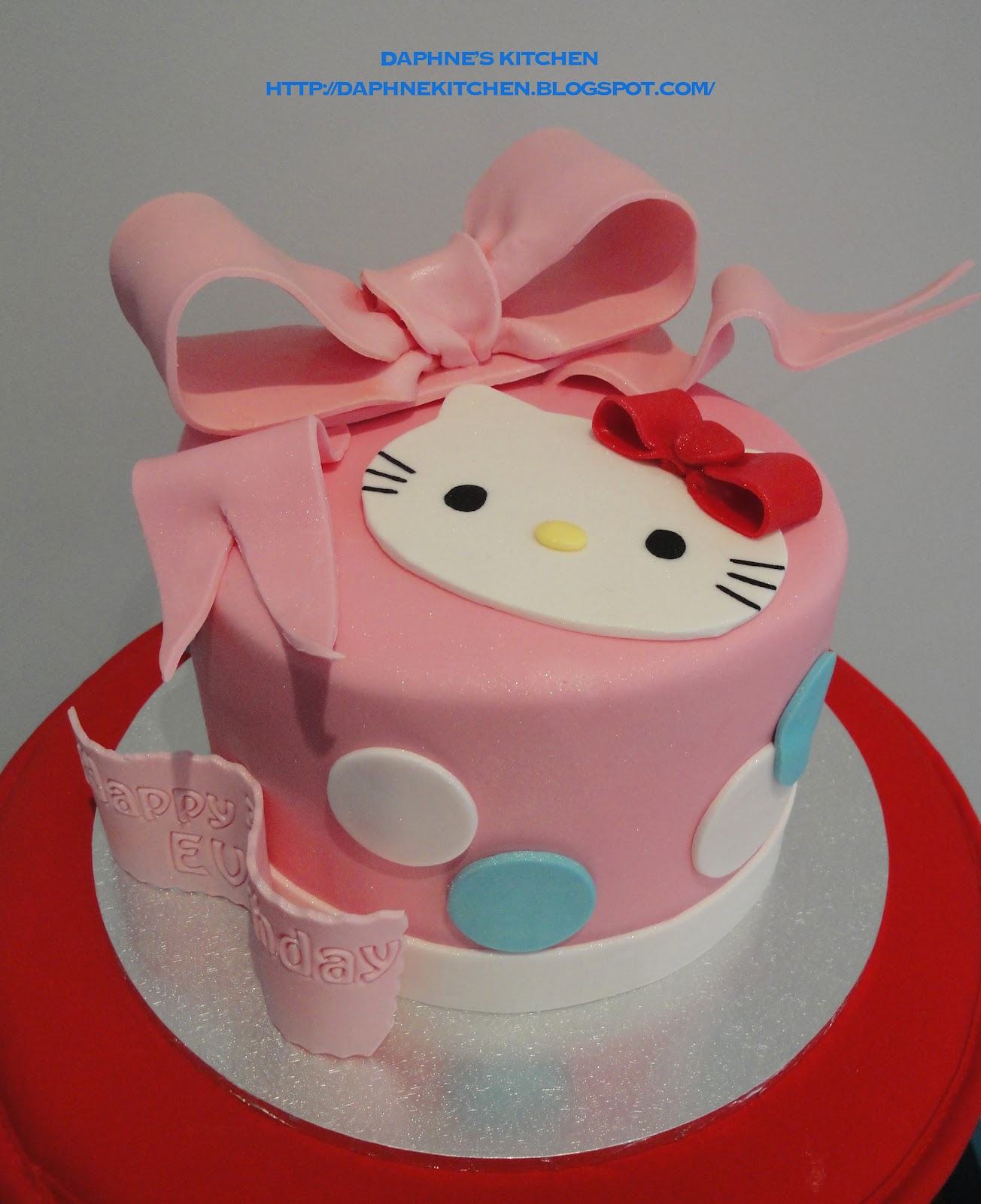 Cake Hello Kitty Blue : Daphne s Kitchen: Hello Kitty Cake