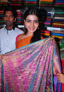 Samantha Looks funny in Saree at opening of a showroom in Hyderabad